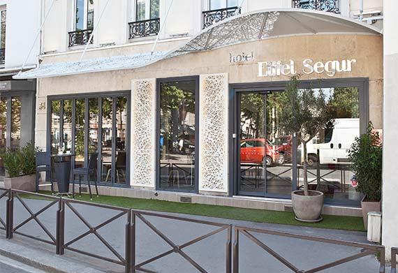 Hôtel-Eiffel-Ségur---Paris-(1)