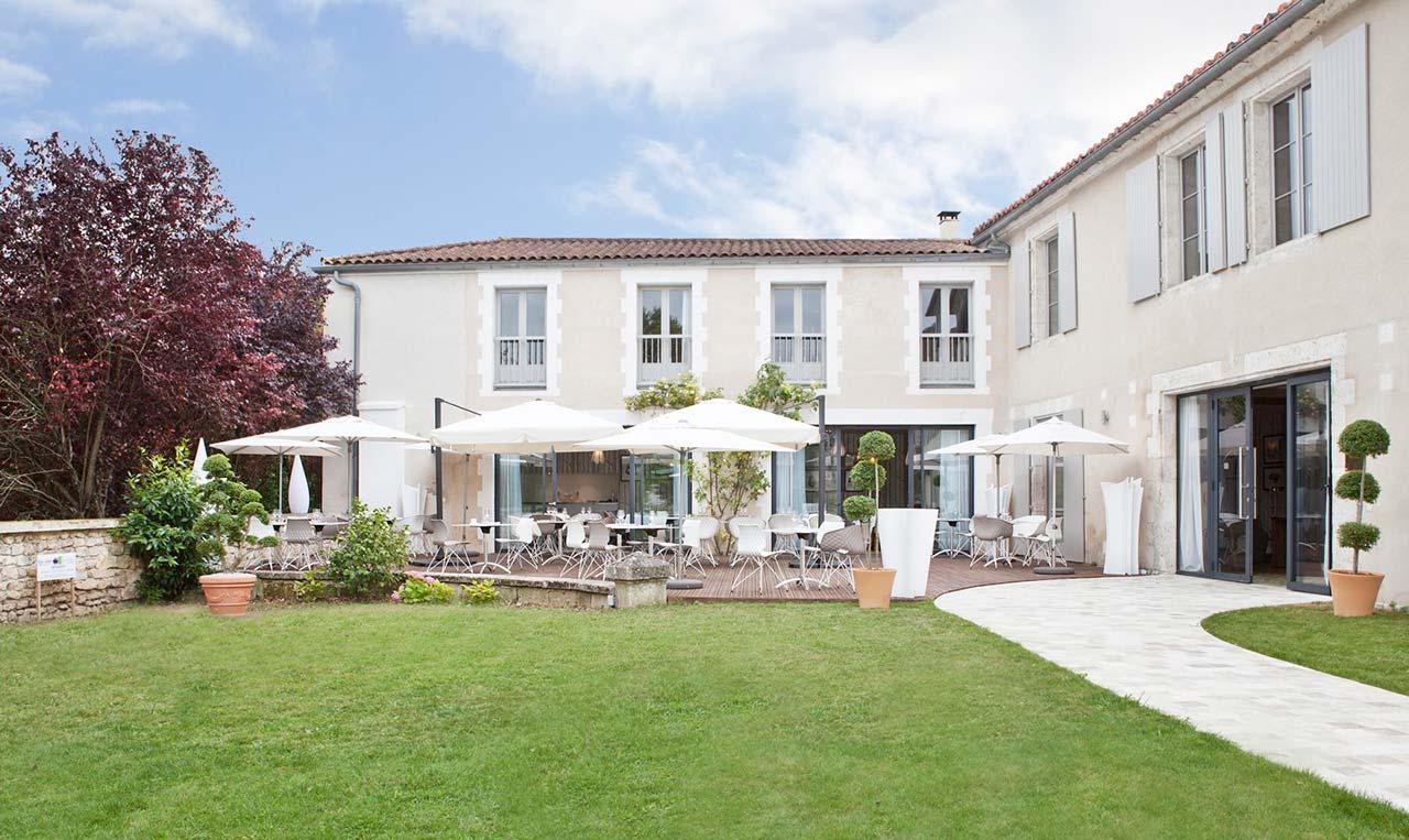 Hôtel de Charme Le Saint Gelais 4*003